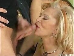 Casual Brazilian wife banged on bed