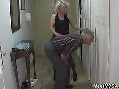 Beauteous family enjoys sex threesome