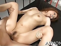 Beautiful Slut Having Fun While Mom Tricked In The Box