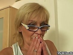 Blonde mom playing with big titie angelinajain
