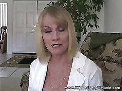 hot mom receives a clean anatomy lesson