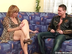 Granny gets hairy pussy fucked hard and deep