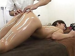 Chihiro learns oil massage and tugs